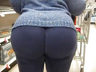 Granny with a Big Bubbleicious Butt