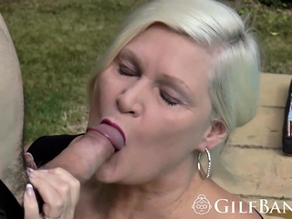Fat dick drilling blonde gilf