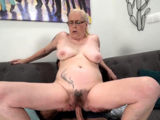 Granny with big tits gets her pussy fucked vigorously