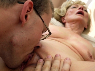 Wrinkled old woman fucked