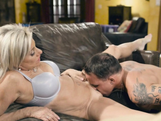 Brad gropes Payton's MIlf twat and pounded her nicely