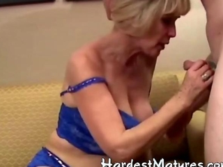 Granny does a good blowjob
