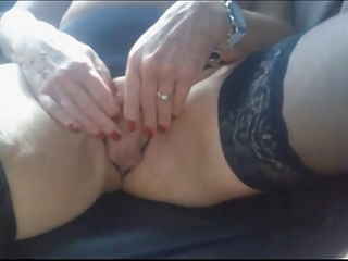 Mommy Giselle squirts like a fountain